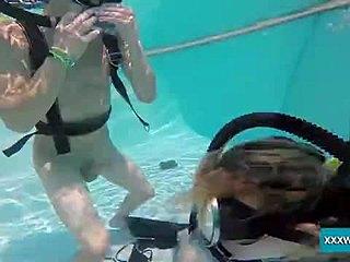 Sex unter Wasser Scuba Sex